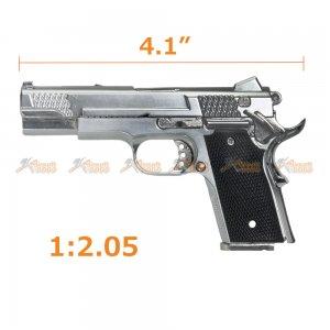 1:2.05 M945 Die-Cast Metal Gun Model